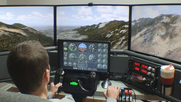 Builder academy your guide to home flight simulator for Online house builder simulator